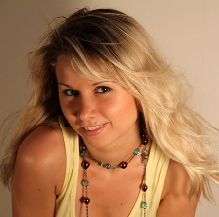 Beautiful girl - Moldovawomendating.com