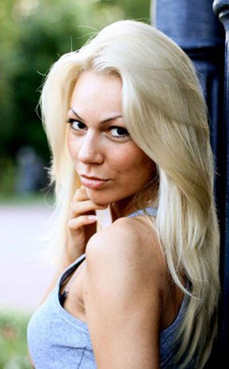 Beautiful sexy women - Moldovawomendating.com
