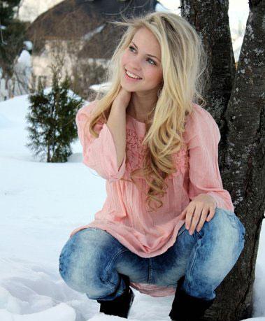 Beautiful young women - Moldovawomendating.com