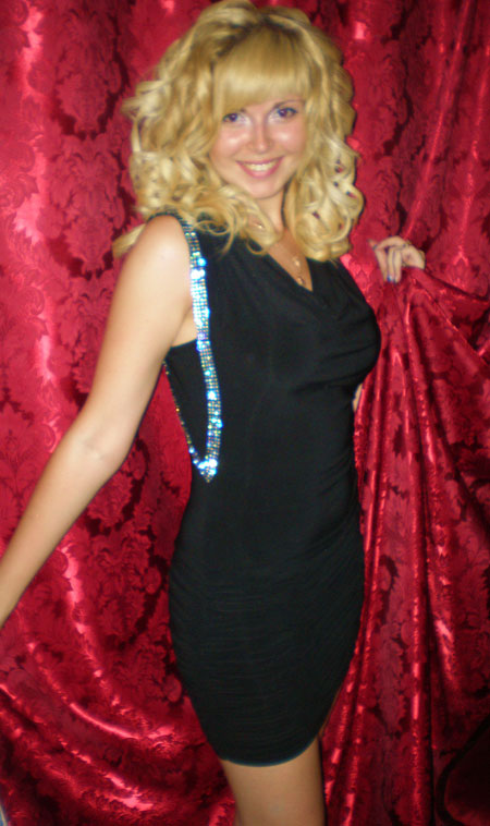 Hot bride - Moldovawomendating.com