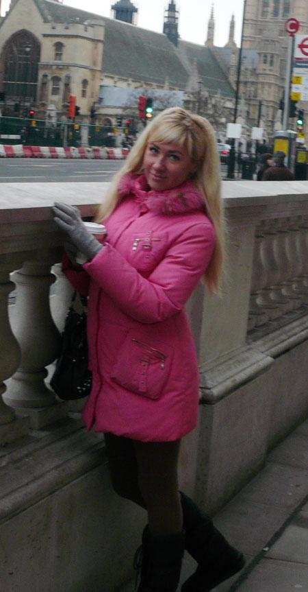 Moldovawomendating.com - Looking woman