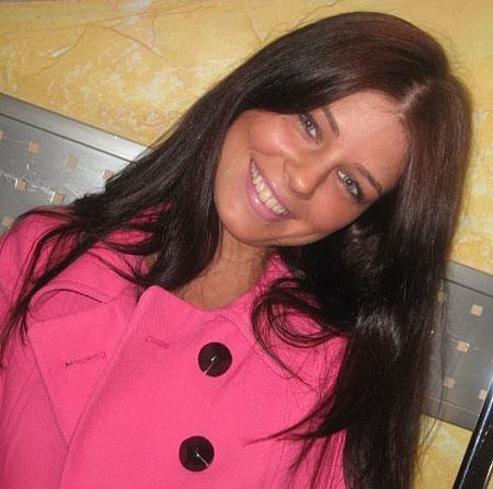 Photos of women - Moldovawomendating.com