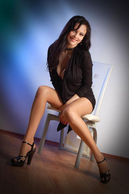 Pretty hot girls - Moldovawomendating.com