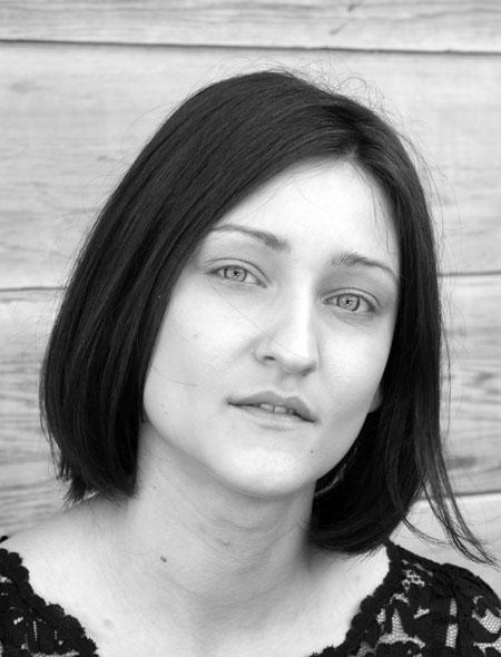 Young girlfriend - Moldovawomendating.com